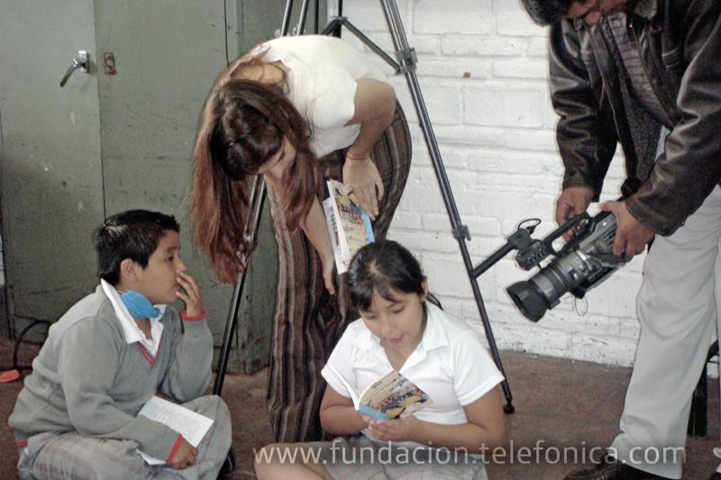 Derivado de la iniciativa Vive Proniño, Laura García visitó una de las escuelas Proniño, ella es conductora de uno de los canales culturales más importantes en México: canal 22.