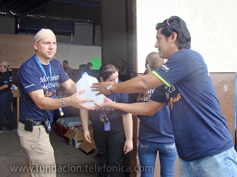 Los Voluntarios realizaron una colecta entre todos los colaboradores de la compañía en Nicaragua que fue entregado en el albergue Padre Fabretto de Managua, donde se realizaron diversas actividades recreativas y educativas.