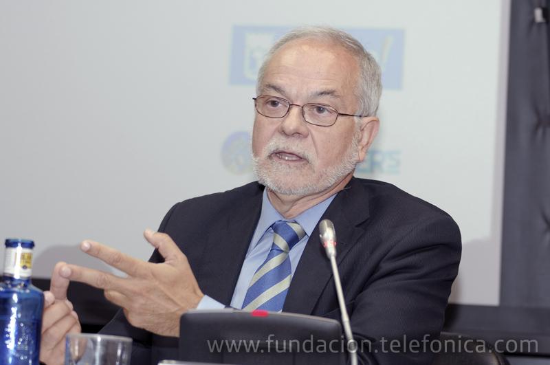 El vicepresidente ejecutivo de Fundación Telefónica, Javier Nadal, en su intervención durante el acto.