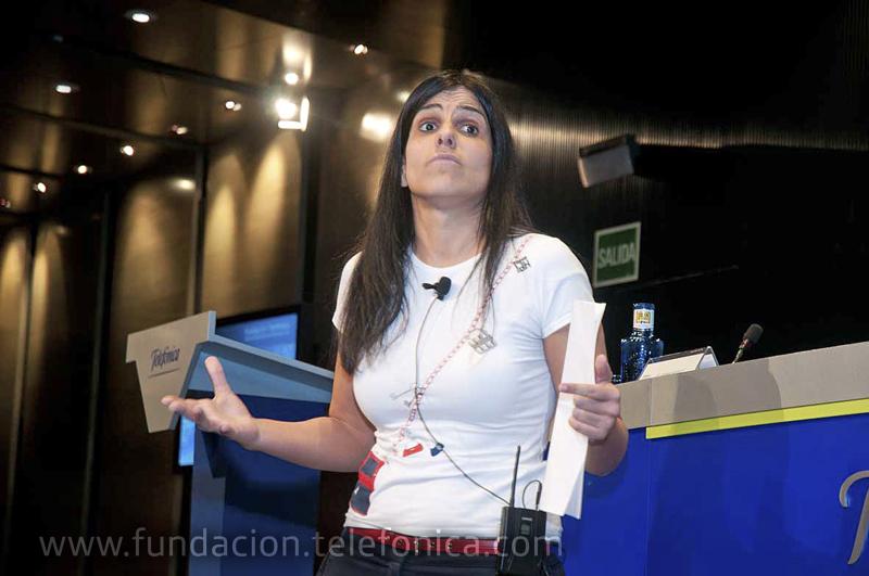 Gema Muñoz, en un momento de su conferencia.