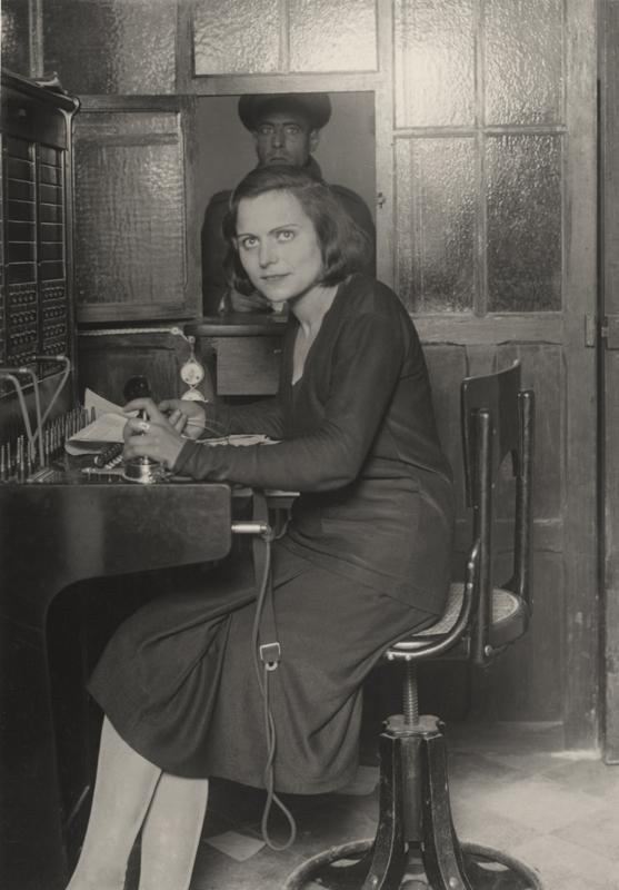 Claret, 1925. Telefonista en Jaca, Huesca.