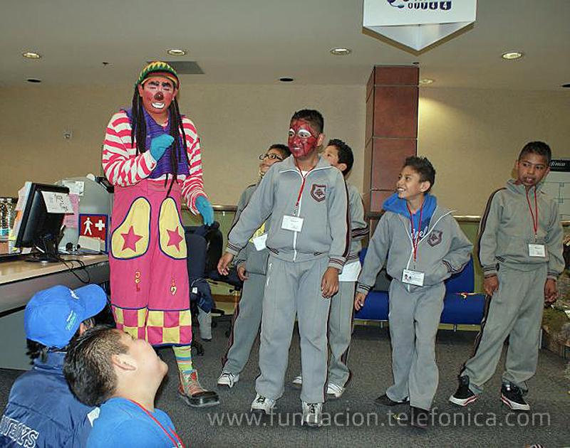 180 niños y niñas beneficiarios de Proniño celebraron la Navidad en la sede de Telefónica en México D.F.