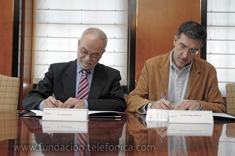 De izquierda a derecha, Javier Nadal, Vicepresidente Ejecutivo de Fundación Telefónica y Juan Miguel Muñoz, Presidente de Red Espiral.