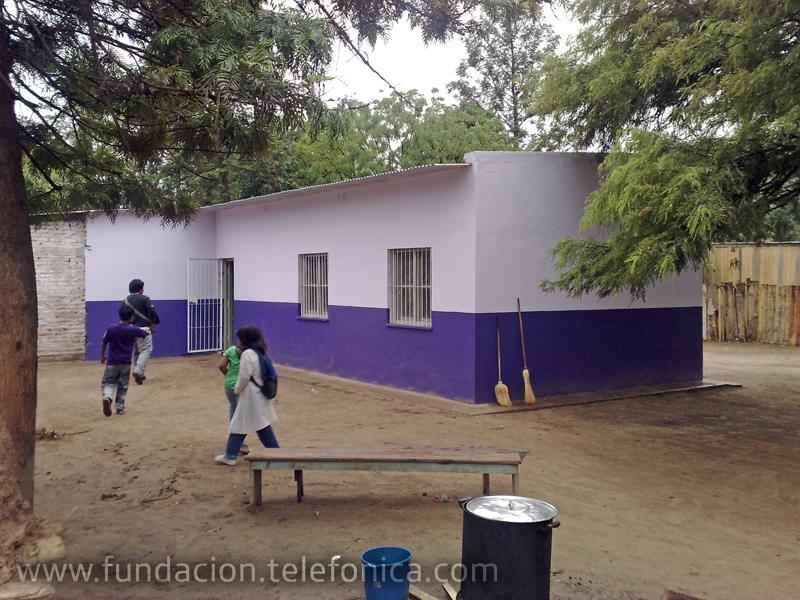 Voluntarios Telefónica inauguraron una sala de informática en la escuela N° 4804 Lapacho I en Tartagal.