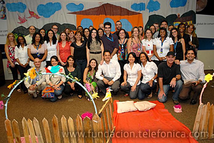 El Programa Voluntarios de Telefónica celebra su quinto aniversario en Brasil con un libro conmemorativo