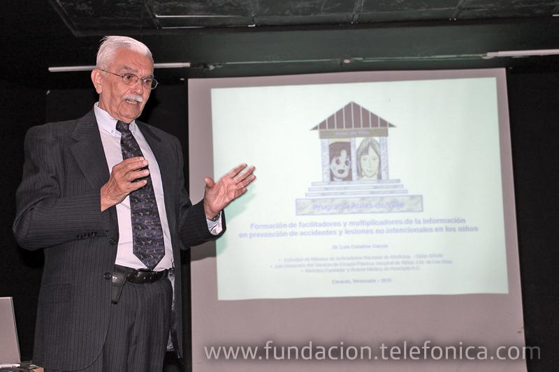 El taller estuvo a cargo del Dr. Luis Ceballos García, Asesor Médico de ASOCIRPLA A.C.