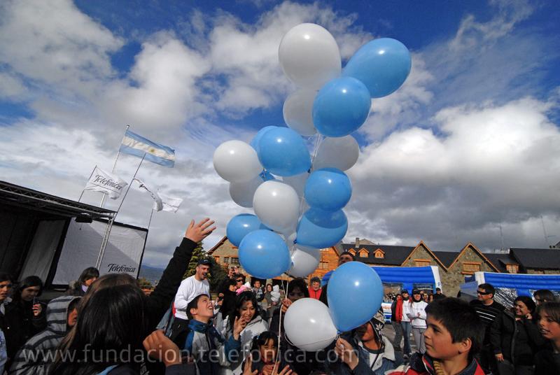 """La """"Caravana Proniño"""" estuvo presente en Bariloche para concienciar sobre la problemática del trabajo infantil"""