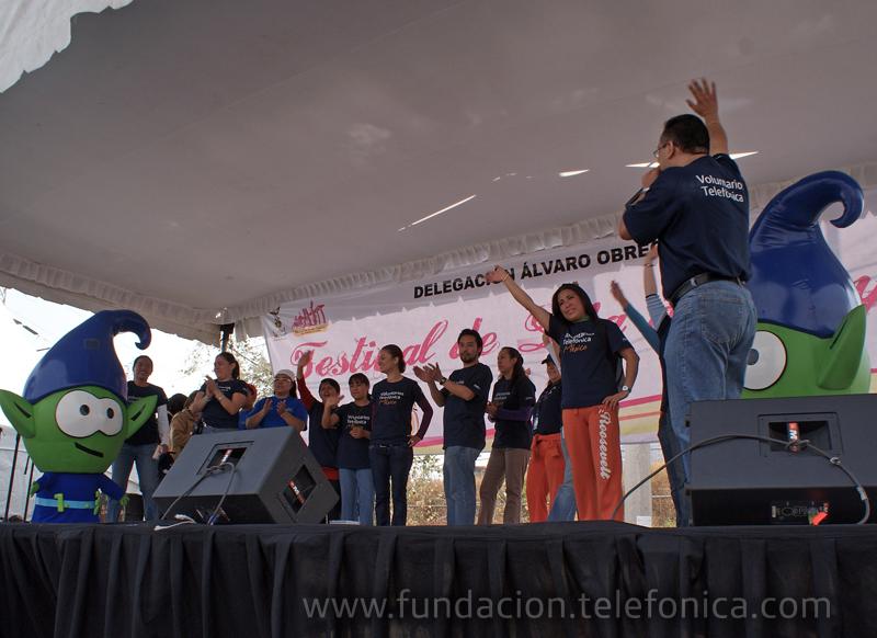 Los Voluntarios Telefónica contribuyen a conservar las tradiciones mexicanas.