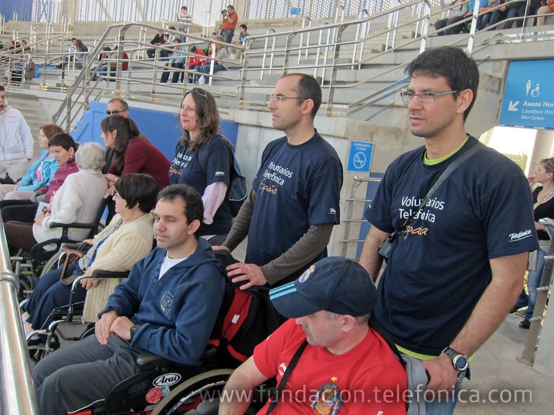 Los días 24 y 25 de febrero, 28 personas con discapacidad adquirida de dos organizaciones de Madrid y Castilla La Mancha se desplazaron hasta Valencia para pasar una noche en el Oceanográfico acompañados por Voluntarios Telefónica.