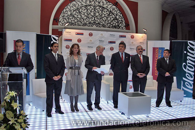 Fundación Telefónica  inaugura el III Salón Nacional de Grabado en Guatemala.