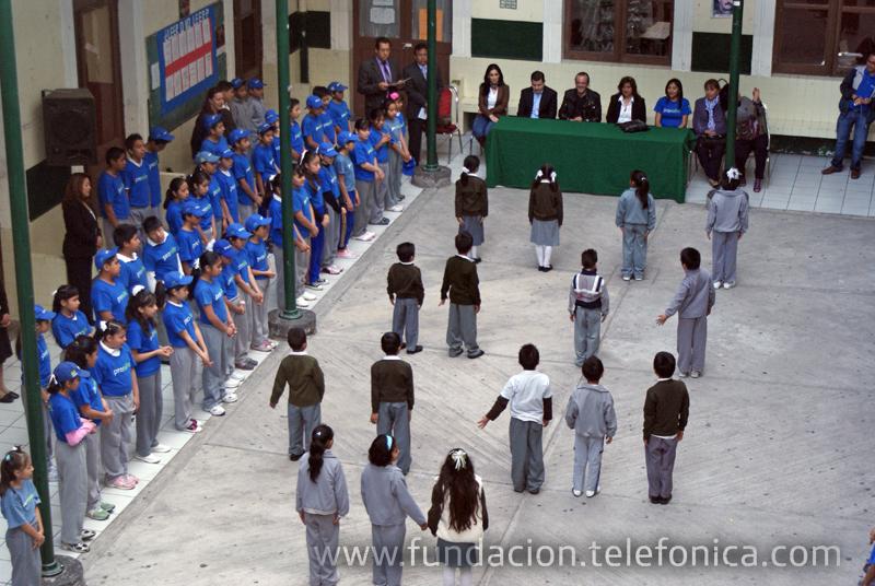 Incrementa Fundación Telefónica su responsabilidad social con la educación  mexicana.
