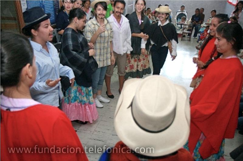 Realización de baile típico tachirense en el Hospital Central de San Cristóbal.