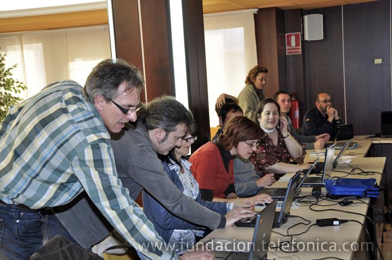 Fundación Telefónica organiza la Semana EducaRed de Jornadas formativas sobre los recursos tecnológicos TIC, para profesores de la comarca de la Jacetania, Huesca.