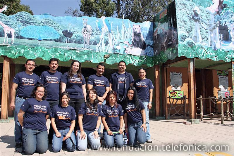 Niños de Proniño visitan el Parque Nacional Zoológico La Aurora