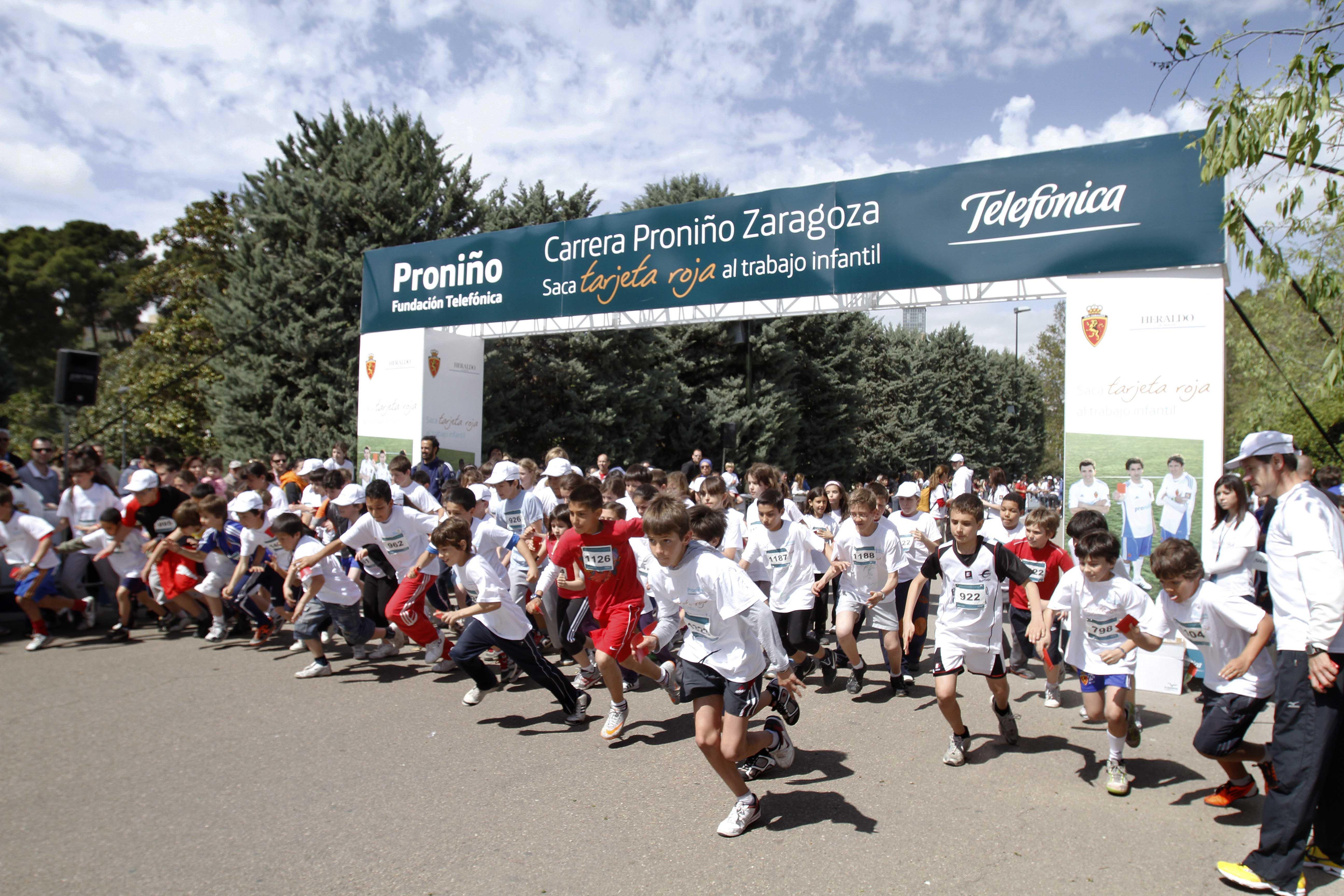 """Los ganadores de la I Carrera Proniño Zaragoza han sido Alejandro Santamaría (32´27""""), Luis Aranda Ferrández (32´52"""") y Daniel Galindo Esque (33´06"""") en categoría absoluta masculina. En categoría absoluta femenina, las ganadoras han sido Marisa Casanueva Cabrero (36´07""""), María Llorens Eizaguerri (39´09"""") y Lola Chico Perles (42´41"""")"""