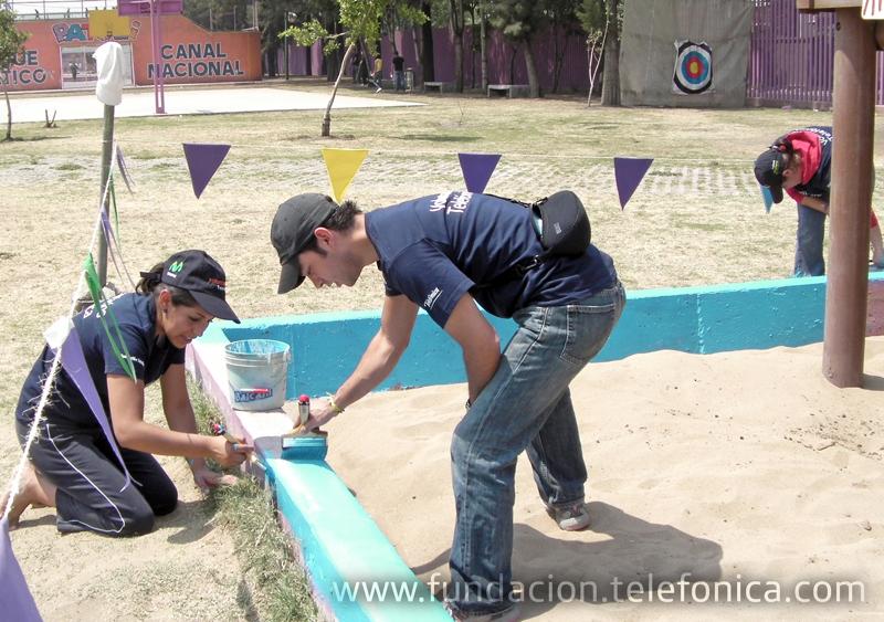 """Fundación Telefónica visitó el parque temático """"Patoli Canal Nacional"""", dedicado a impulsar el deporte y a que los niños conozcan sus derechos."""