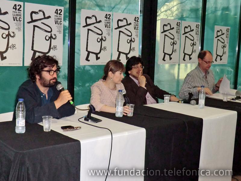 Carlos Spottorno, fotógrafo y coordinador del libro; Marta Rivera de la Cruz, escritora; Fernando Iwasaki, escritor; Fernando Marías, coordinador del libro.
