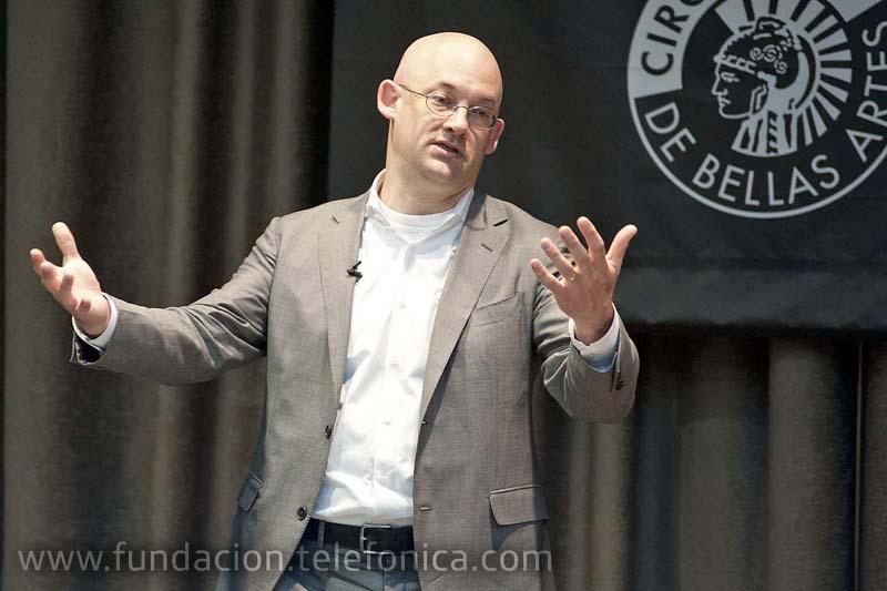 Clay Shirky, profesor adjunto del programa de graduado de Telecomunicaciones Interactivas de la Universidad de Nueva York.
