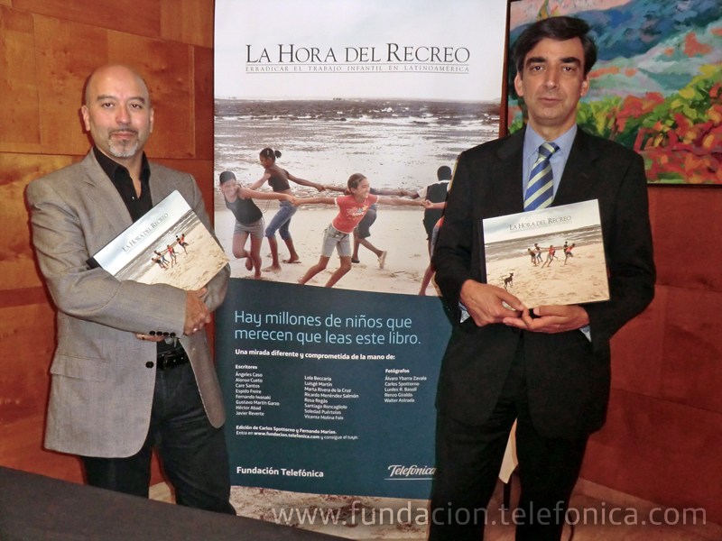De izquierda a derecha, Joan Cruz, director de coordinación territorial de Fundación Telefónica, junto a José Manuel del Arco, director de Telefónica en Comunitat Valenciana, Murcia y Baleares.