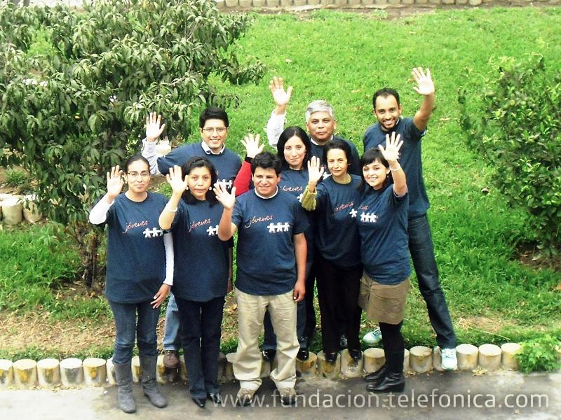 Los miembros del equipo del programa Jóvenes en Perú durante el encuentro celebrado en Lima.