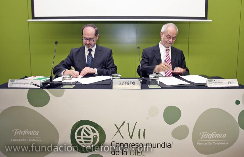 El convenio entre Fundación telefónica y la OIEC permitirá desarrollar una red educativa única a nivel mundial en la que estarán representados los cinco continentes.