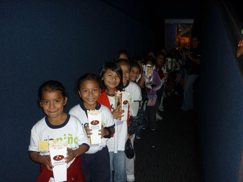 Niños y niñas Proniño asistieron al XI Festival de Eurocine 2011