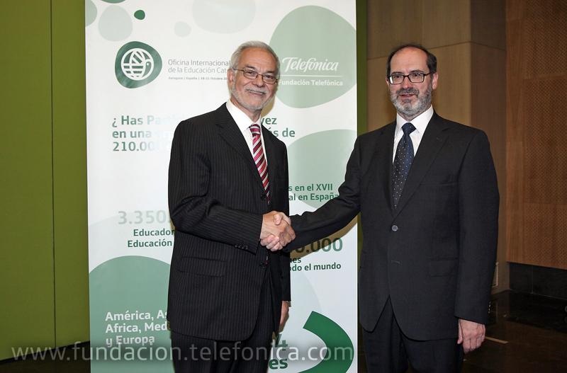 Javier Nadal, Vicepresidente Ejecutivo de Fundación Telefónica junto a Ángel Astorgano, Secretario de la OIEC.