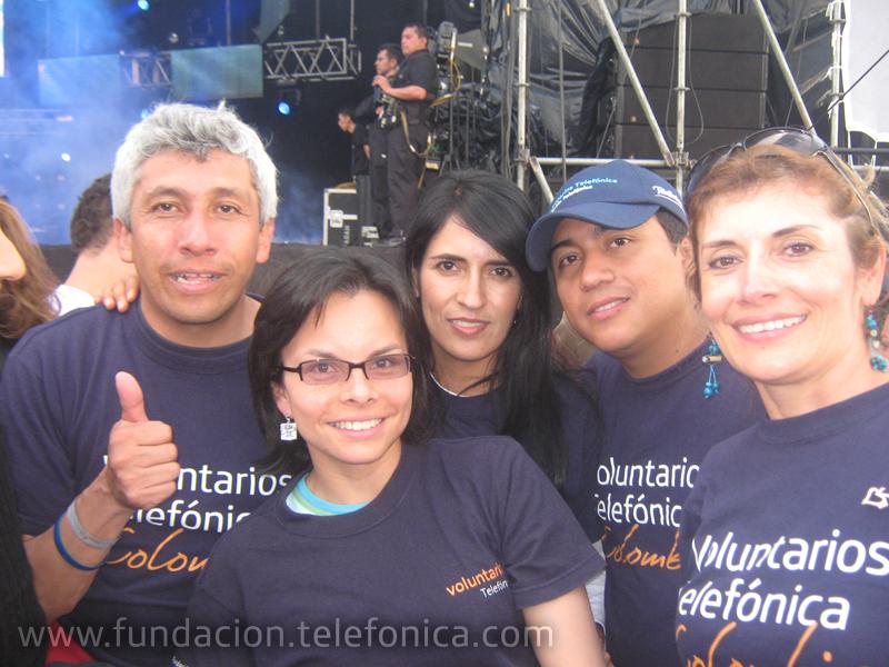 Más de diez artistas participaron el pasado 7 de mayo en el concierto Voces Solidarias, una iniciativa que buscaba recaudar dinero para la reparación de las escuelas y centros educativos que se han visto afectados por las fuertes lluvias en nuestro país.