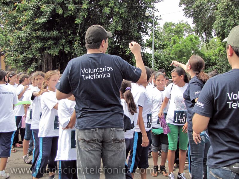 Los Voluntarios Telefónica ayudaron a organizar la carrera.