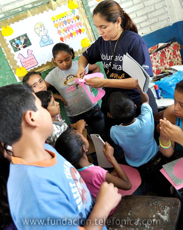 Voluntarios Telefónica celebran el día del niño en Estelí