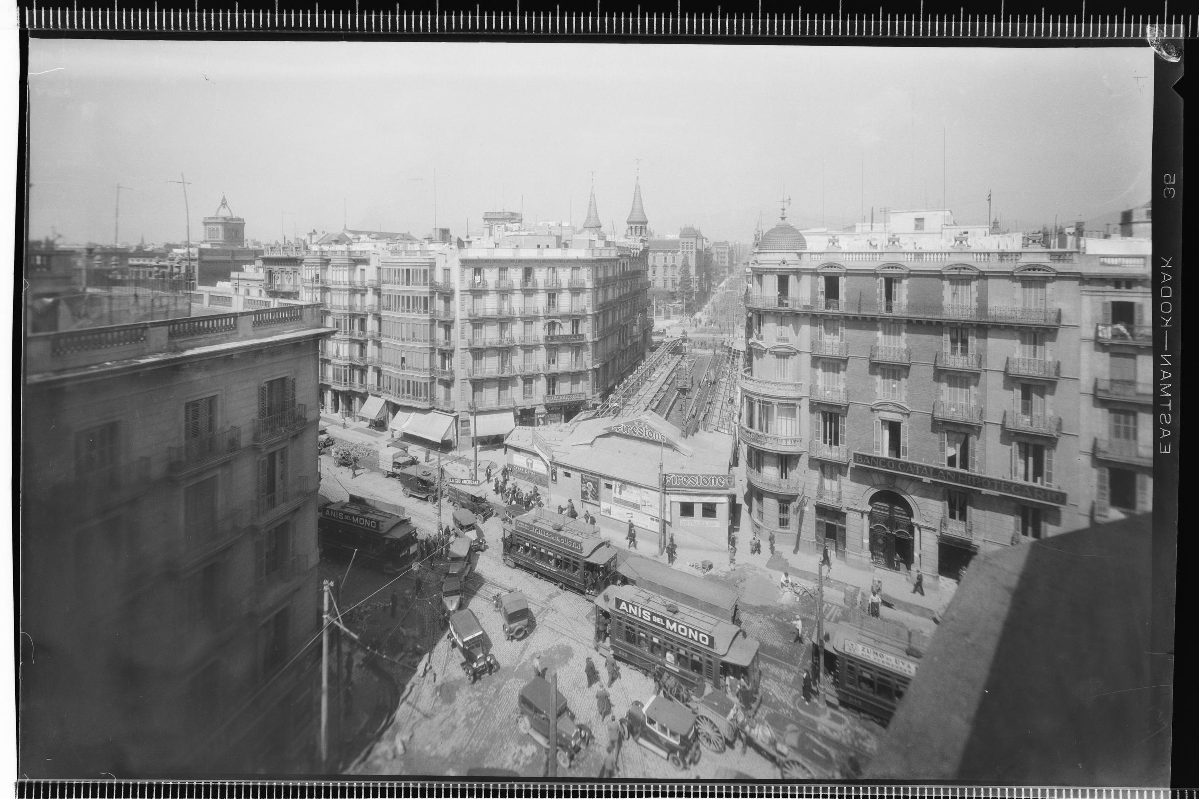 Obras de soterramiento de la línea de Metro de la Compañía de los Ferrocarriles Catalanes. Barcelona, 1926-1929 © Fondo BRANGULÍ, ANC