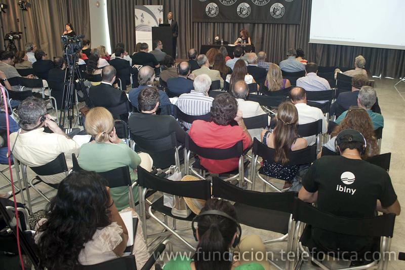 La conferencia se celebró en Círculo de Bellas Artes (Madrid).