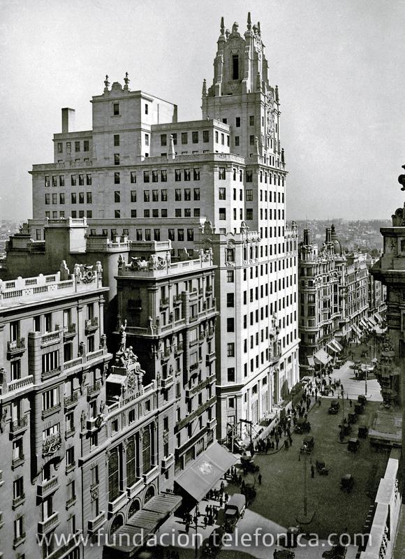 En el encuentro se destacó al edificio de Telefónica en Madrid, en Gran Vía, 28, como uno de los referentes de la arquitectura del Siglo XX.