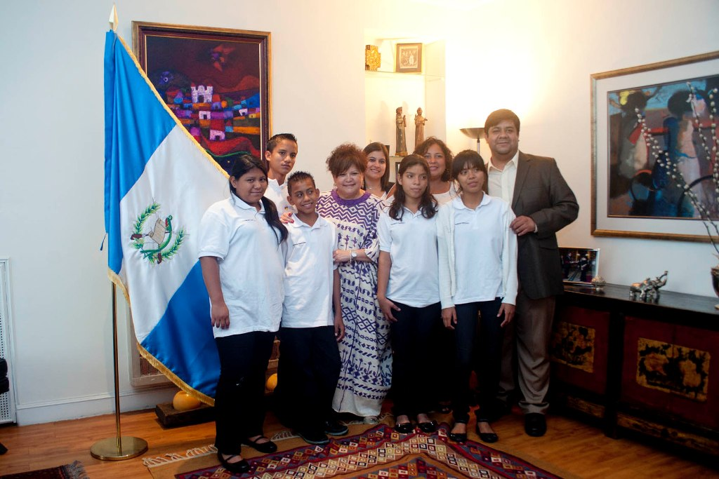 La embajadora de Guatemala, Anamaría Diéguez, recibió a