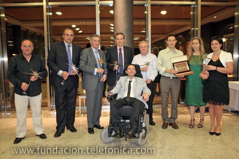 Roberto Beldad Rico, Voluntario Telefónica de Valencia, recibió el premio en nombre de Fundación Telefónica.