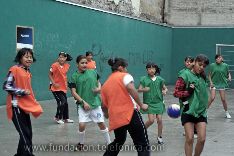 Niños y niñas de 9 a 12 años de 6 escuelas primarias públicas  del Centro Histórico de la Ciudad de México participaron en la competición.