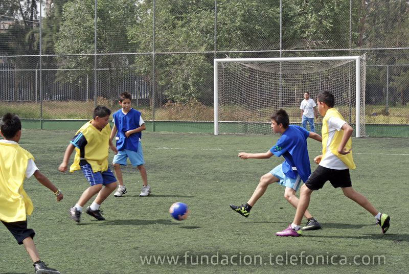 Los equipos de los colegios República de Argentina y Joaquín García Icazbalceta jugaron la final del torneo masculino.
