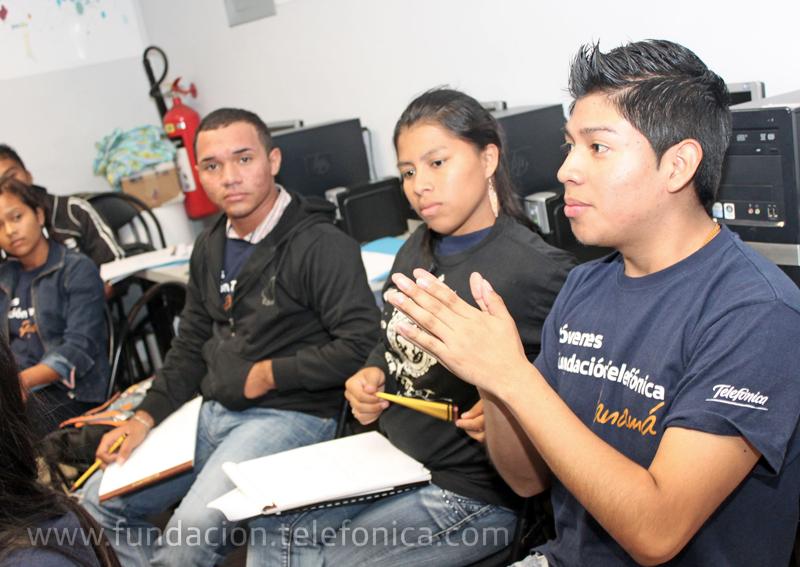 Durante dos días, 13 integrantes de la Red Internacional Jóvenes Fundación Telefónica recibieron información para poder desarrollar su propio negocio.