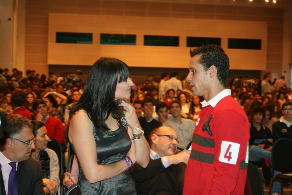 Irene Villa y Haze durante su intervención en el Congreso.