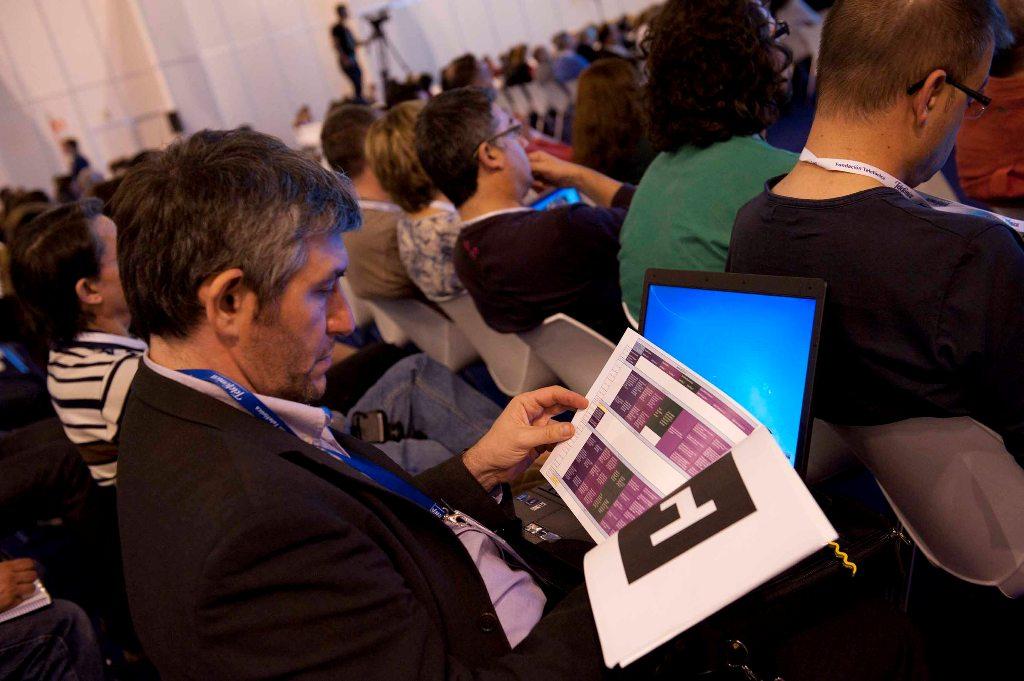 El Premio Príncipe de Asturias de Cooperación 2011, Bill Drayton, y los expertos internacionales en aprendizaje y conectivismo Sugata Mitra y George Siemens cerraron el VI Encuentro Internacional EducaRed 2011.