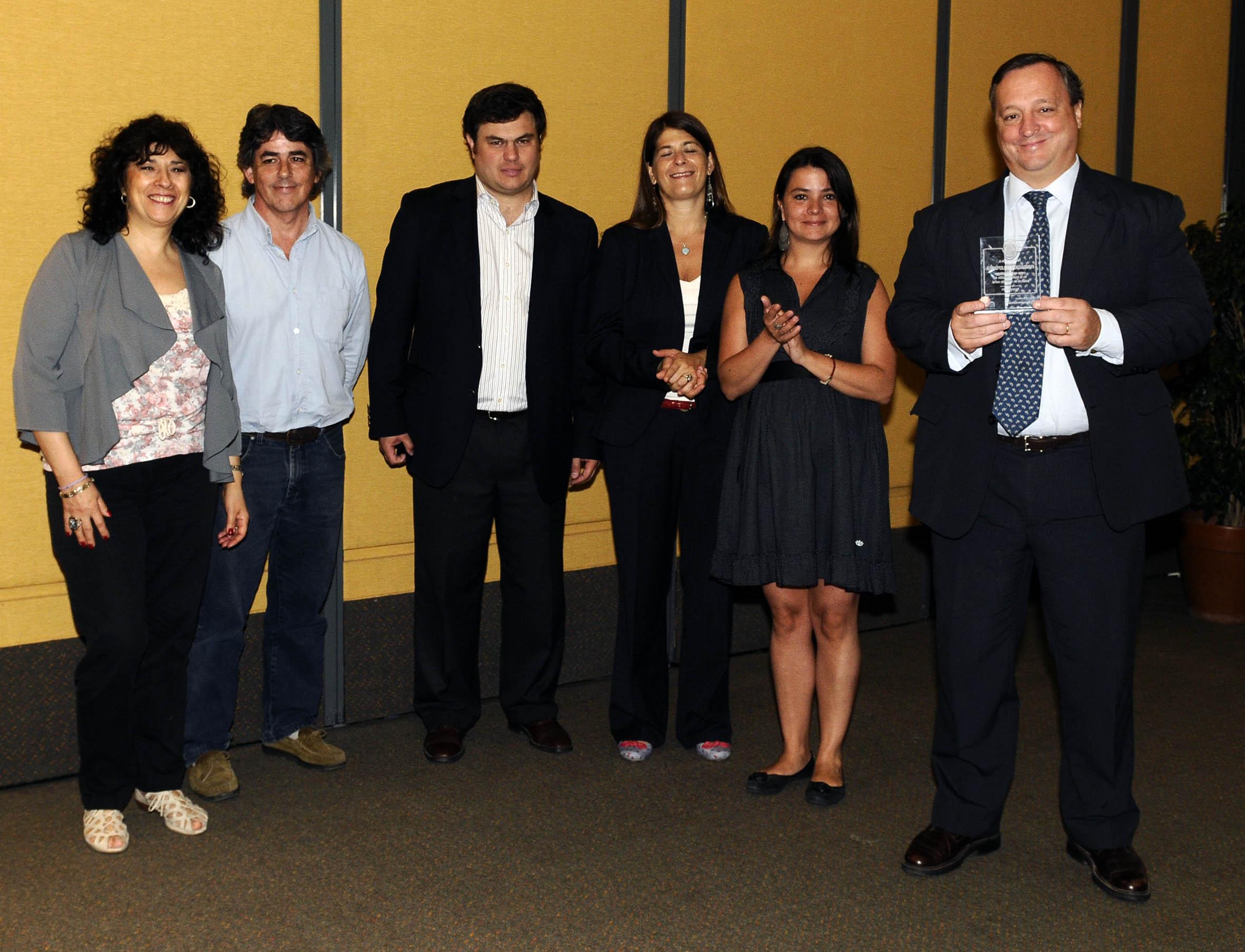 """El Ministerio de Desarrollo Social de Buenos Aires premia a Voluntarios Telefónica por el proyecto """"Centros de Inclusión Digital"""""""