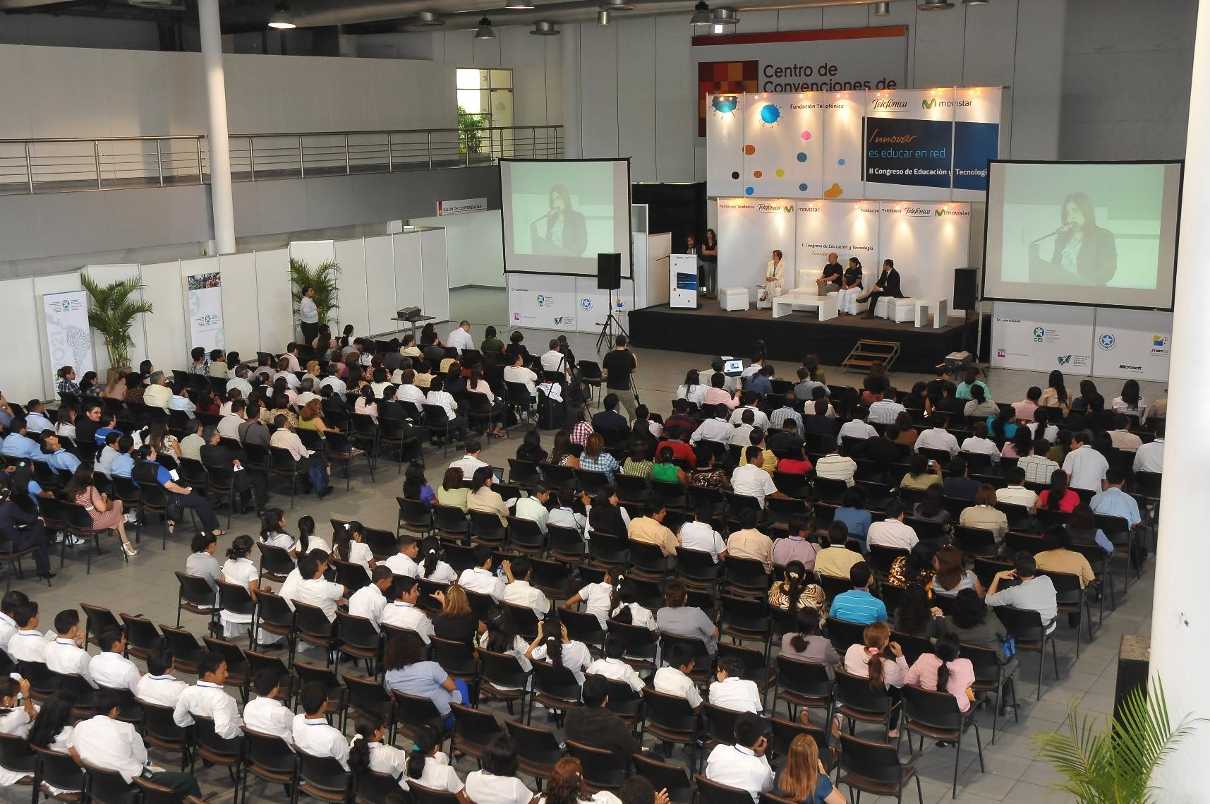 Más de 700 profesionales en comunicación, educación y tecnología asistieron al II Congreso de Educación y Tecnología: Innovar es educar en Red