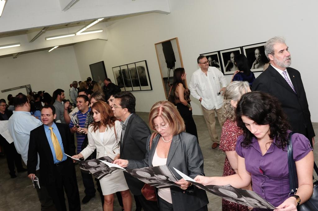 La exposición presenta por primera vez en Venezuela 39 obras correspondientes a 28 artistas internacionales que forman parte de esta Colección iniciada en 2002.