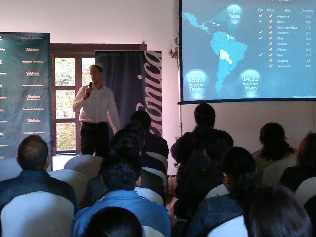 Los participantes pudieron conocer las actividades que Telefónica desarrolla en todo el mundo.