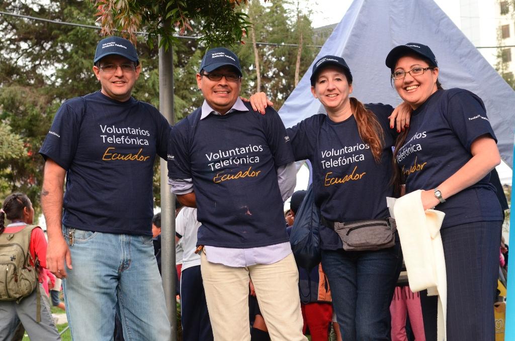 Fundación Telefónica gestiona y promueve la acción social de sus colaboradores formando una red internacional de voluntarios en los países donde opera Telefónica.