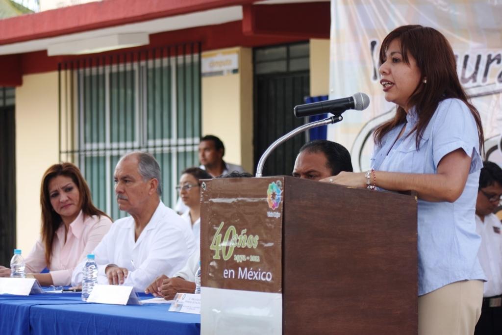 Martha Cruz del Valle, coordinadora de Calidad Educativa de Fundación Telefónica, durante la inauguración del Aula Tecnológica número 18.