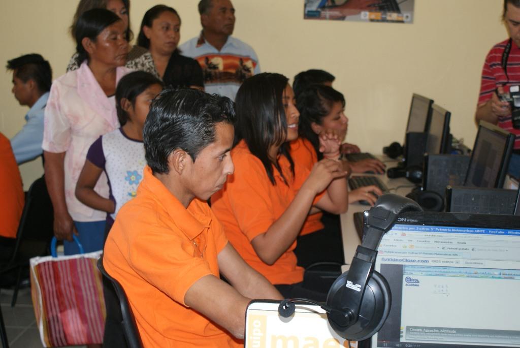 Con estas acciones Fundación Telefónica refuerza su compromiso con el impulso a la Calidad Educativa a través de la incorporación de las Tecnologías de la Información y la Comunicación en los procesos pedagógicos.