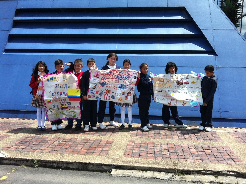 Los niños y niñas latinoamericanos que participan en el proyecto pertenecen a centros educativos en los que está presente Proniño.