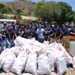 Los Voluntarios Telefónica, acompañados por otras instituciones, realizaron después de Semana Santa una jornada de limpieza de la bahía de San Juan del Sur.