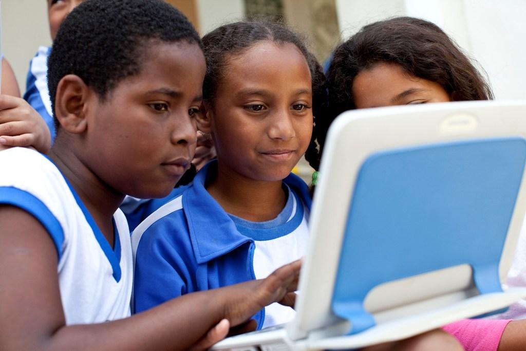 El VII Encuentro Internacional de Educación Fundación Telefónica se transforma en un gran debate en red durante 18 meses y con 9 eventos presenciales en diferentes ciudades iberoamericanas.